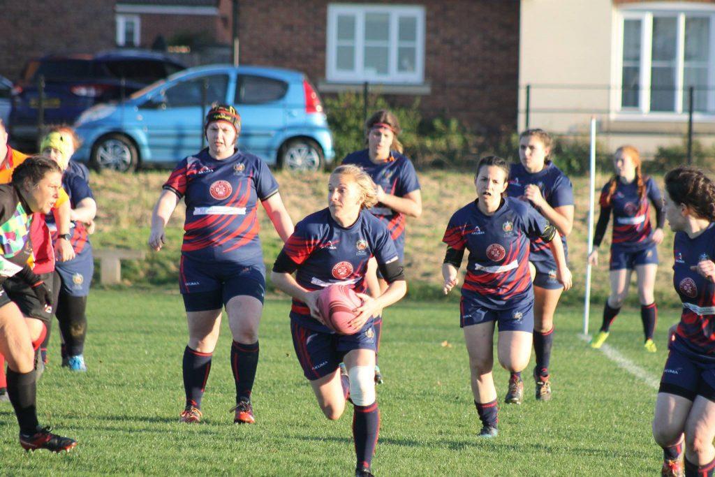 Cheltenham Civil Service RFC - Women's players on the brteak